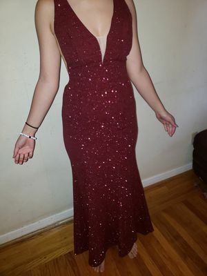 Sparkle burgundy prom dress for Sale in Antioch, CA