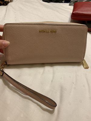 Michael Kors Wallet/Wristlet-Brand New-Authentic for Sale in San Antonio, TX