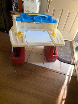 Kids desk for Sale in Sun City, AZ