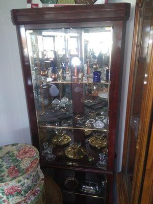 Corner shelf display for Sale in Louisville, TN