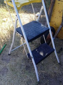 Stapleton Step Ladder for Sale in Las Vegas,  NV