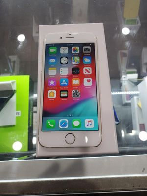 iPhone 6 unlocked 64gb for Sale in Los Angeles, CA