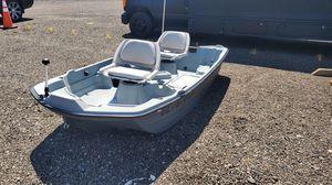 SUN DOLPHIN PRO 102 fishing boat for Sale in Aurora, CO