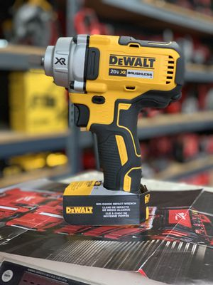 DEWALT 20v XR CORDLESS 1/2in IMPACT WRENCH MID TORQUE 330ft lb NO BATTERY OR CHARGER INCLUDED TOOL ONLY SOLO LA HERRAMIENTA for Sale in Moreno Valley, CA