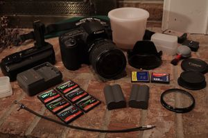 Canon EOS 20D digital camera with lens and extras! for Sale in Coraopolis, PA
