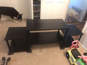 Black TV stand. Less than a year old, don't need it anymore. for Sale in Newark, OH