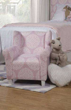HomePop Kids' Pink Medallion Print Chair for Sale in Concord, NC