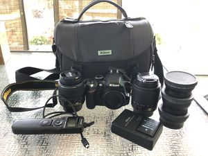 Nikon D3200 with extras for Sale in Clearwater, FL