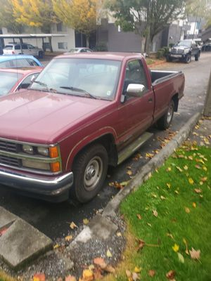 87 chevy 2500 Scottsdale for Sale in Everett, WA
