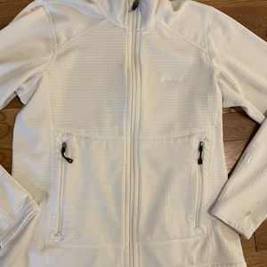 Patagonia Ivory Regulator Fleece Sz small. for Sale in Arlington, VA