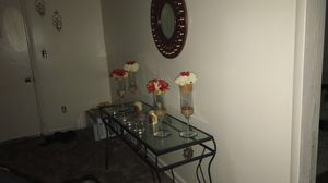 Console table and mirror for Sale in Dearborn, MI