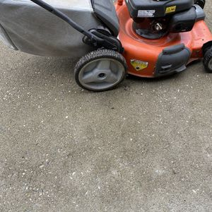 Husqvarna Self Propelled Mower for Sale in Columbus, OH