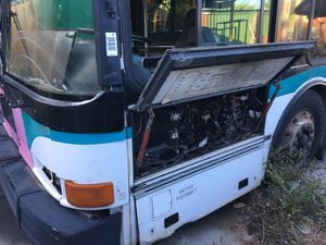 Five MCI over the road motorcoaches 1987-89 and one 1999 transit bus for Sale in FL, US