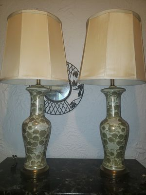 Beautiful set of vintage Chinoiserie lamps for Sale in S CHESTERFLD, VA