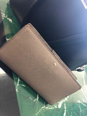 Kate Spade Wallet for Sale in Seffner, FL