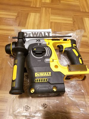 "Dewalt 1"" Rotary Hammer Brushless XR 20V for Sale in Norwalk, CA"