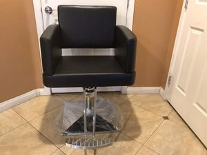 Brand New Square Salon Styling Chair with Chrome Square Base for Sale in North Las Vegas, NV