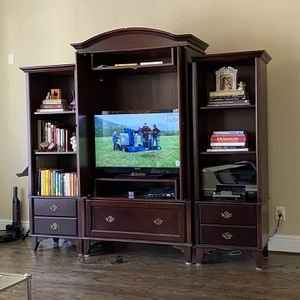 Dark wood Entertainment Unit with shelving for Sale in Houston, TX