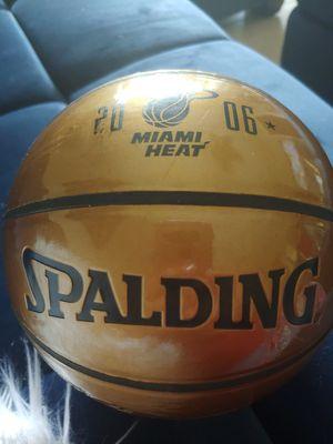 LIMITED EDITION 2006 MIAMI HEAT CHAMPIONS SPALDING *MINI* BASKETBALL! for Sale in Delray Beach, FL