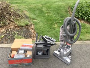 Sentria Kirby Vacuum hardly used , with extra set of tools and carpet washing set. for Sale in Hamilton Township, NJ