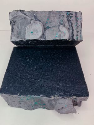 Activated charcoal detox bar soap 5oz for Sale in Naugatuck, CT