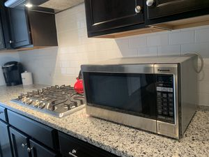 Microwave Panasonic 1200W for Sale in Durham, NC