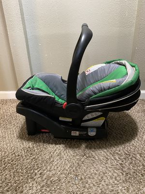 Baby car seat , bassinet & baby Bouncer for Sale in BETHEL, WA