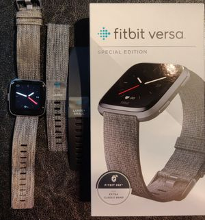 Fitbit Versa Special Edition for Sale in Bellevue, WA