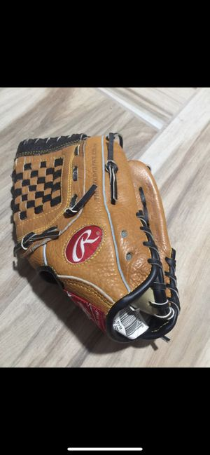 "Rawlings baseball glove 11"" youth for Sale in Fresno, CA"