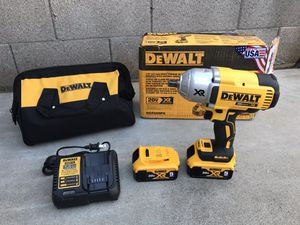 DEWALT 20-Volt MAX XR Lithium-Ion Cordless 1/2 in. Impact Wrench Kit with Detent Anvil, 2 Batteries 5 Ah, Charger and Bag for Sale in Phoenix, AZ