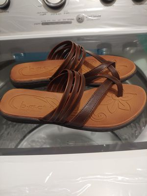 Woman's sandals... Brand new for Sale in Romeoville, IL