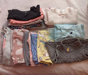 Baby girl clothes sizes 12-24 months old for free. for Sale in River Grove, IL