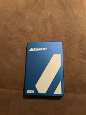 512 GB HIGH SPEED SSD DRIVE for Sale in Chicago, IL