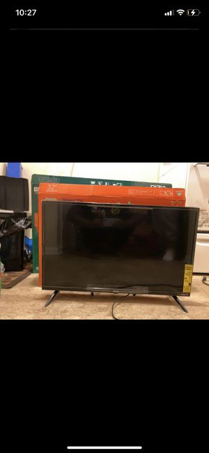 32 inch roku TV for Sale in Durham, NC