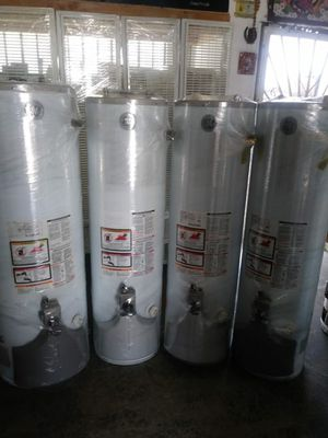 Only today water heaters for 170 whit installation for Sale in Bloomington, CA