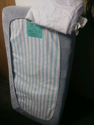 Crib with Matress and Changing table for Sale in Shelbyville, IN