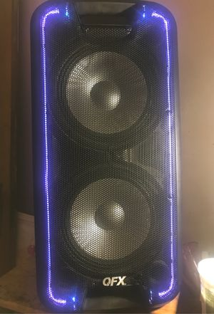 Qfx Bluetooth speaker with built in radio for Sale in Detroit, MI