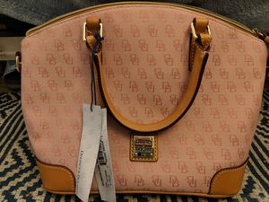 Dooney and Bourke purse for Sale in Denver, CO