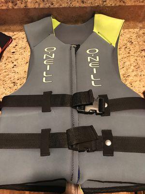 Life vest size Large for Sale in Mesa, AZ