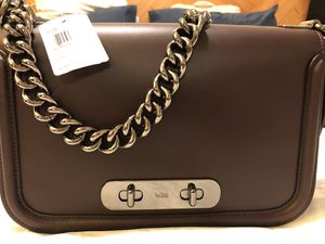 Coach handbag for Sale in Youngstown, FL