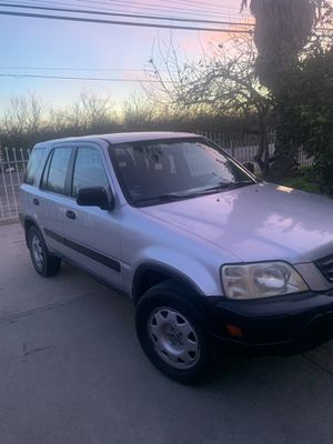 Honda CRV 4•4. 4 cylinder salvage tittle good gas saver for Sale in Modesto, CA