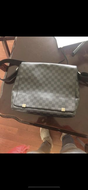 Louis Vuitton messenger bag for Sale in Lawrenceville, GA
