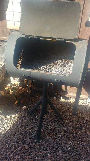 Bbq grill for Sale in El Paso, TX