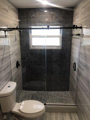 Shower Glass Doors for Sale in Hialeah, FL