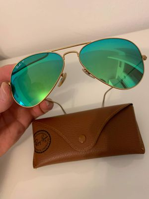 Brand new Ray Ban sunglasses aviator flash lenses unisex gold frame. Green lenses for Sale in HALNDLE BCH, FL