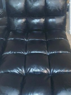 2pc small couch set for Sale in Aurora,  CO