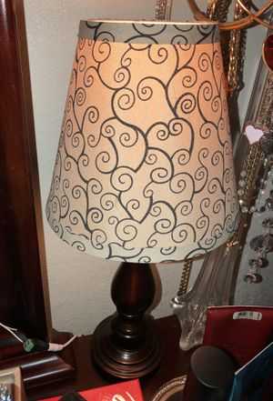 Nice night stand lamp for Sale in Reedley, CA