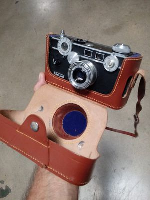 NEAR-MINT Argus C-3 Rangefinder w/Beautiful Leather Case! for Sale in Chino Hills, CA