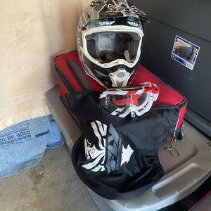 "Dirt Bike Helmet FLY"" L"" for Sale in Martinez, CA"