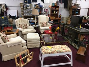 Chairs for Sale in Big Rapids, MI